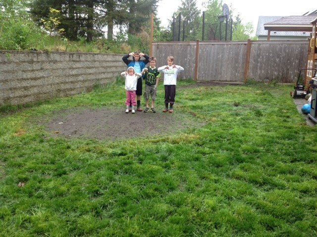 Dzingle unhappy kids before grass installation