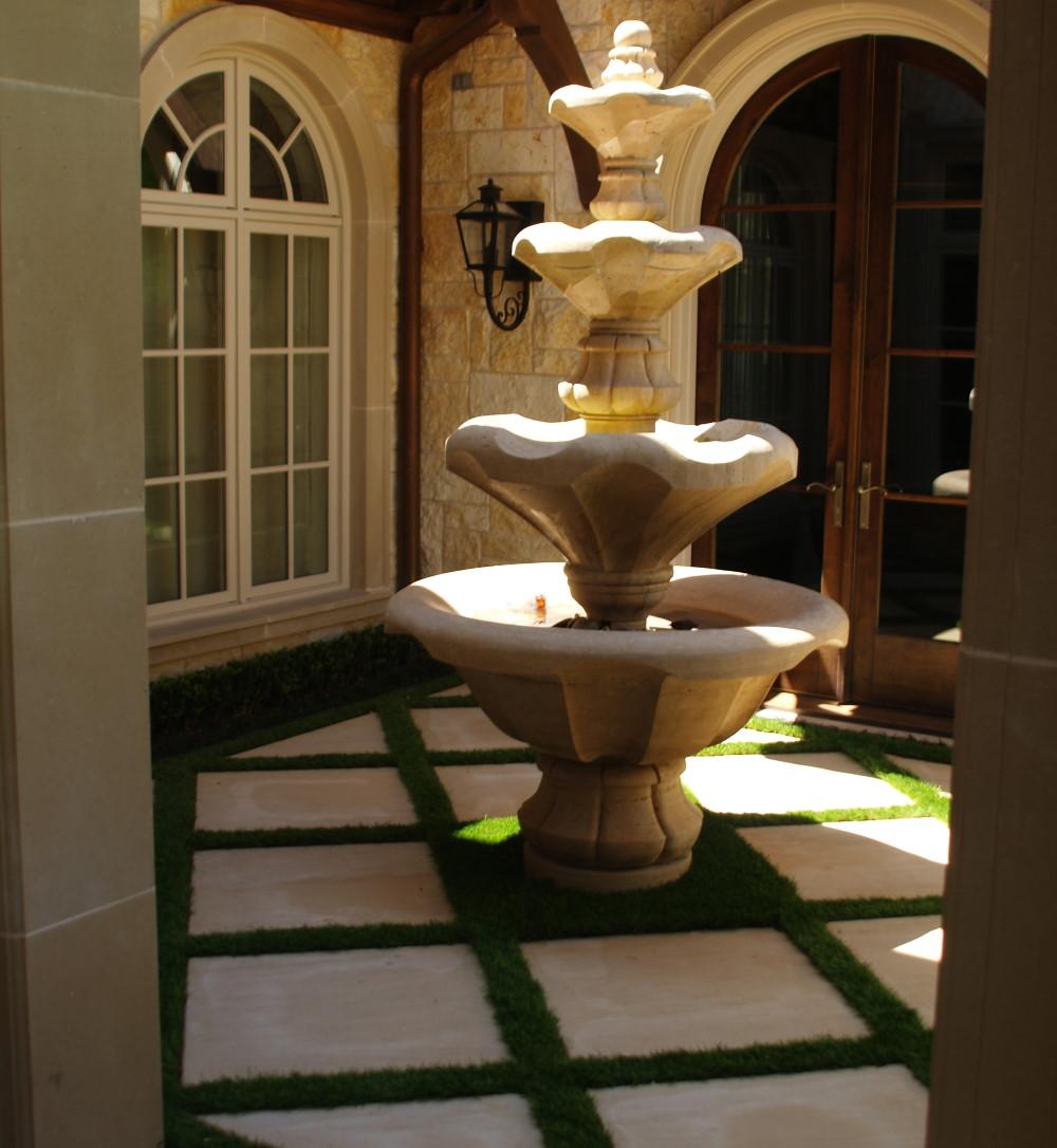 Fountain crescent