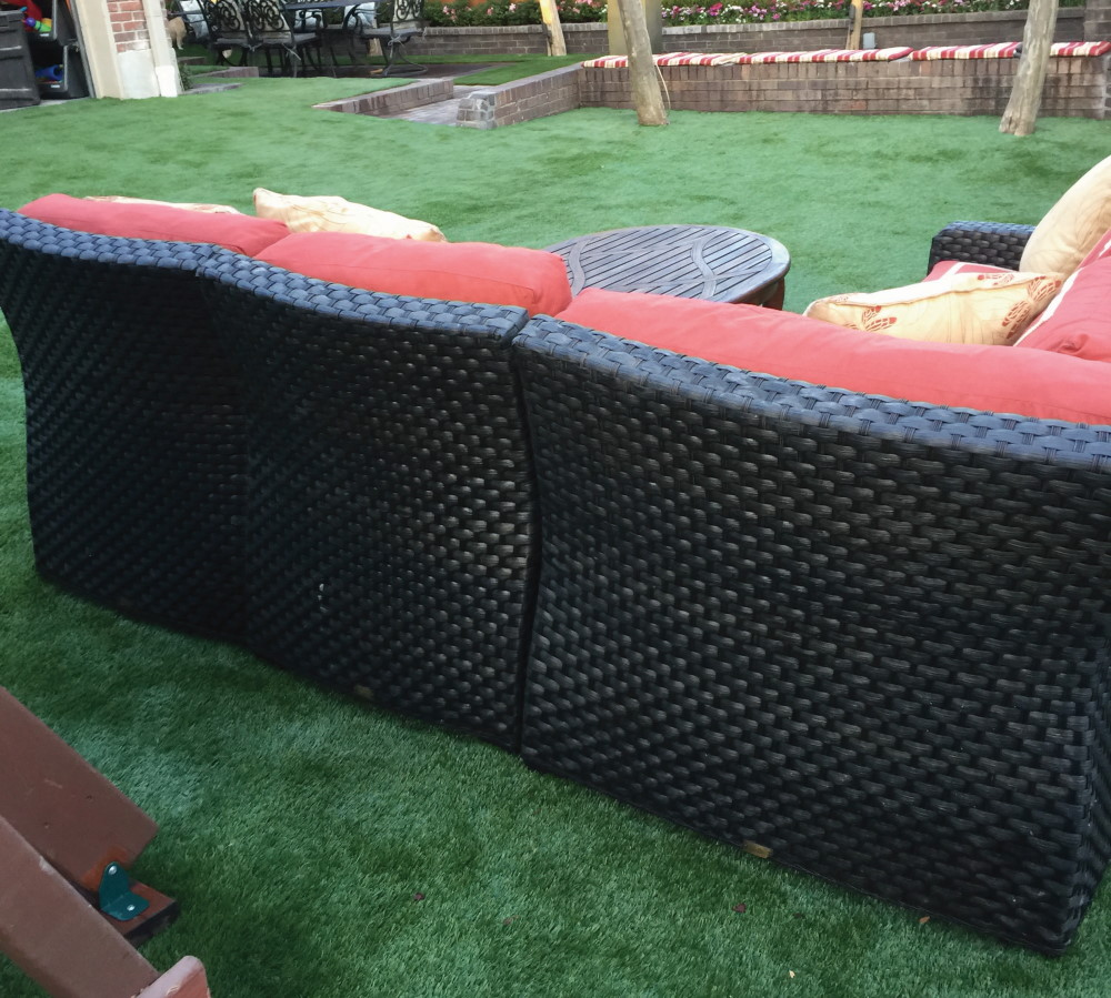 courtyard turf coach on artificial grass