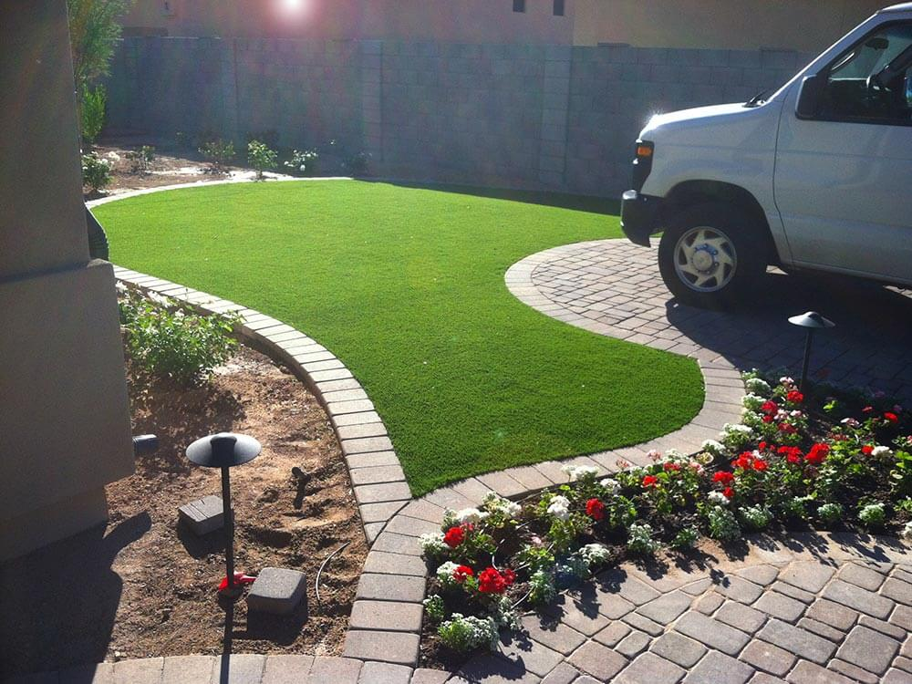 Small area with artificial turf