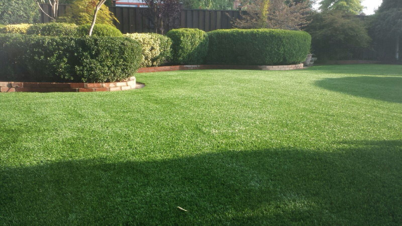 artificial grass used in lawn