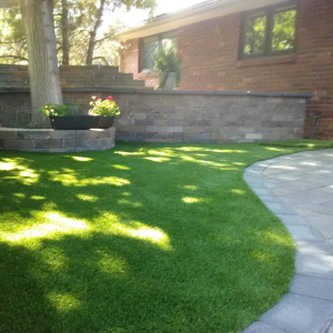 Artificial Grass with Retaining Wall