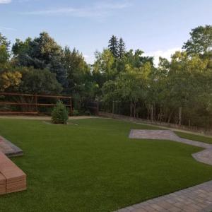 Denver Large Fake Grass Yard