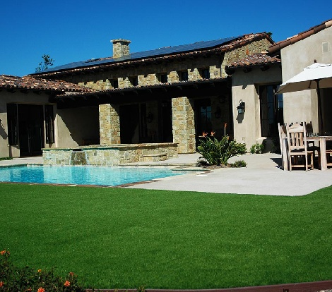 San Diego Artificial Grass around Pool