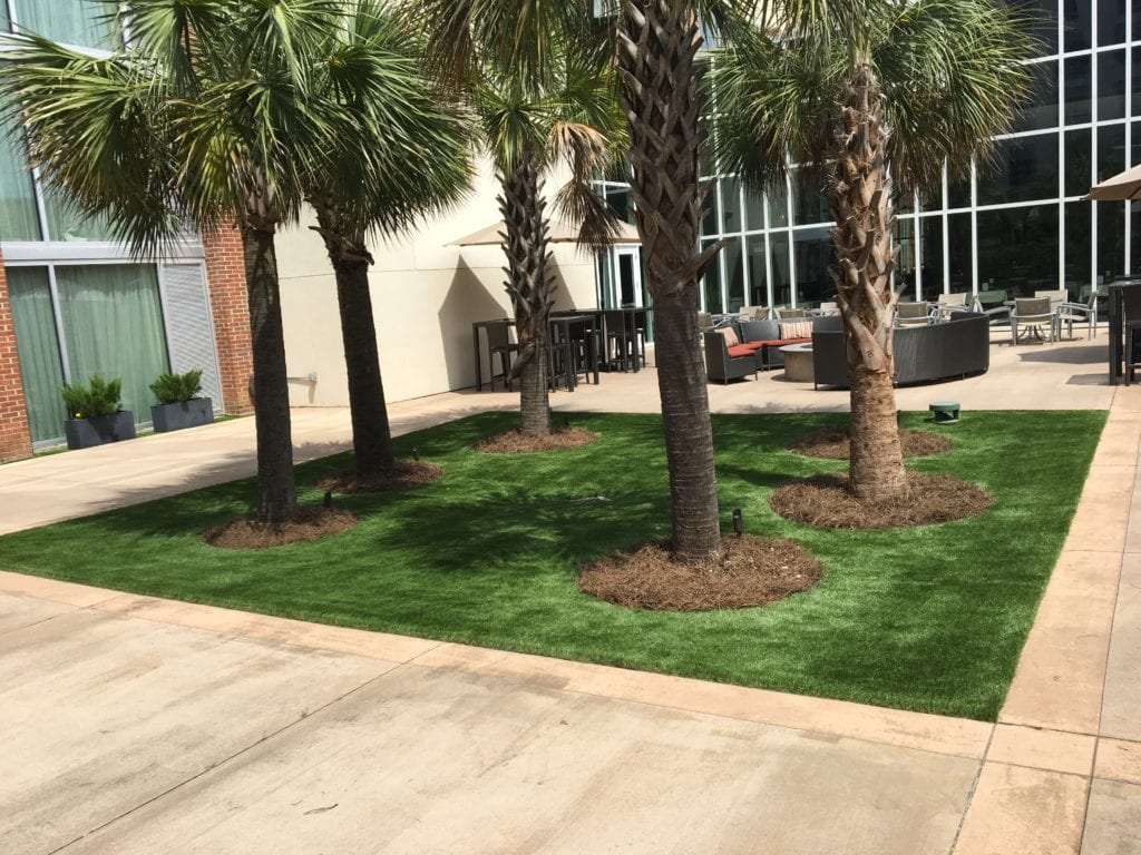 double tree hotel artificial turf space